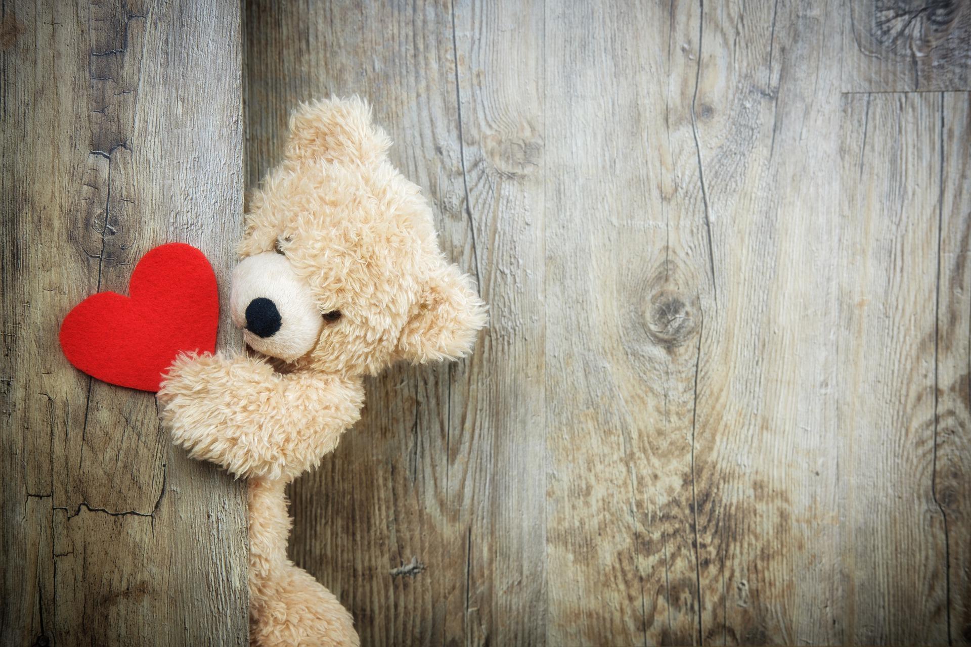 Amor além da vida: Filhos sentem a presença e tentam amenizar a saudade das mães, que já faleceram