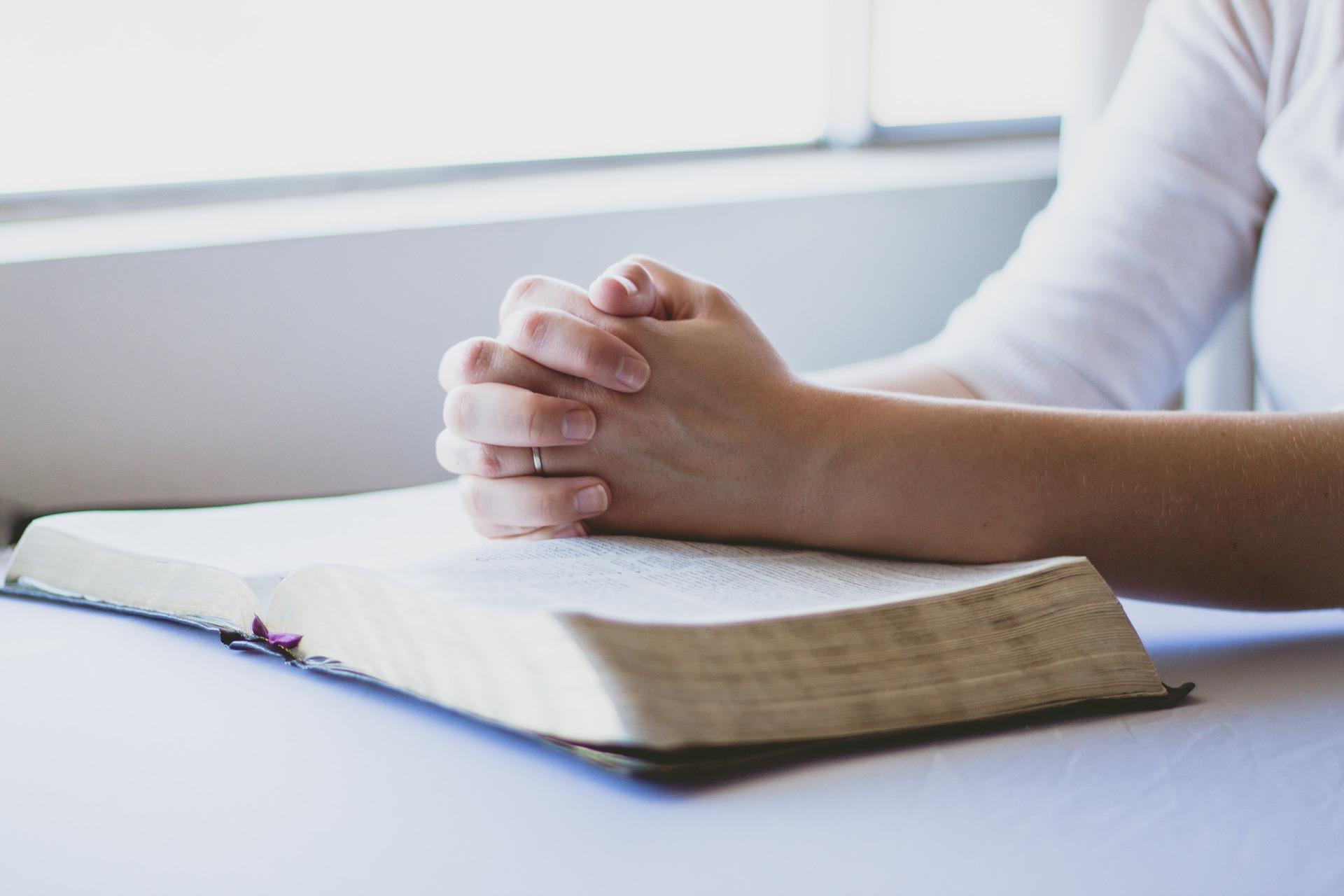 3 Formas de superar a saudade e a dor da perda (Luto) – Palavras de Fé