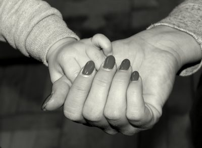 hands-4030558_1920
