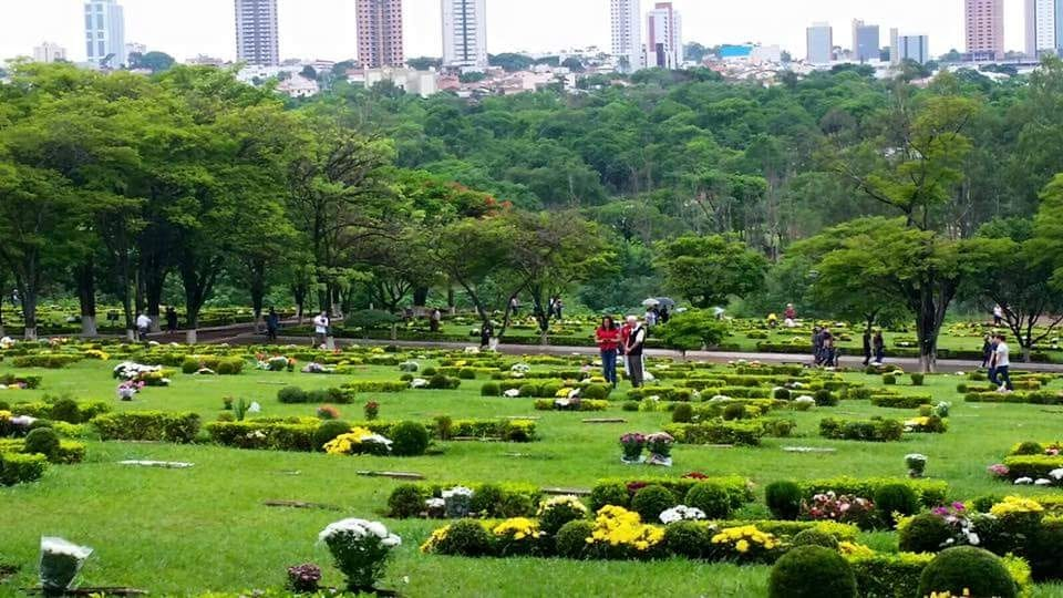 O Cemitério Parque Jardim do Ypê abrirá no Dia de Finados com cuidados especiais