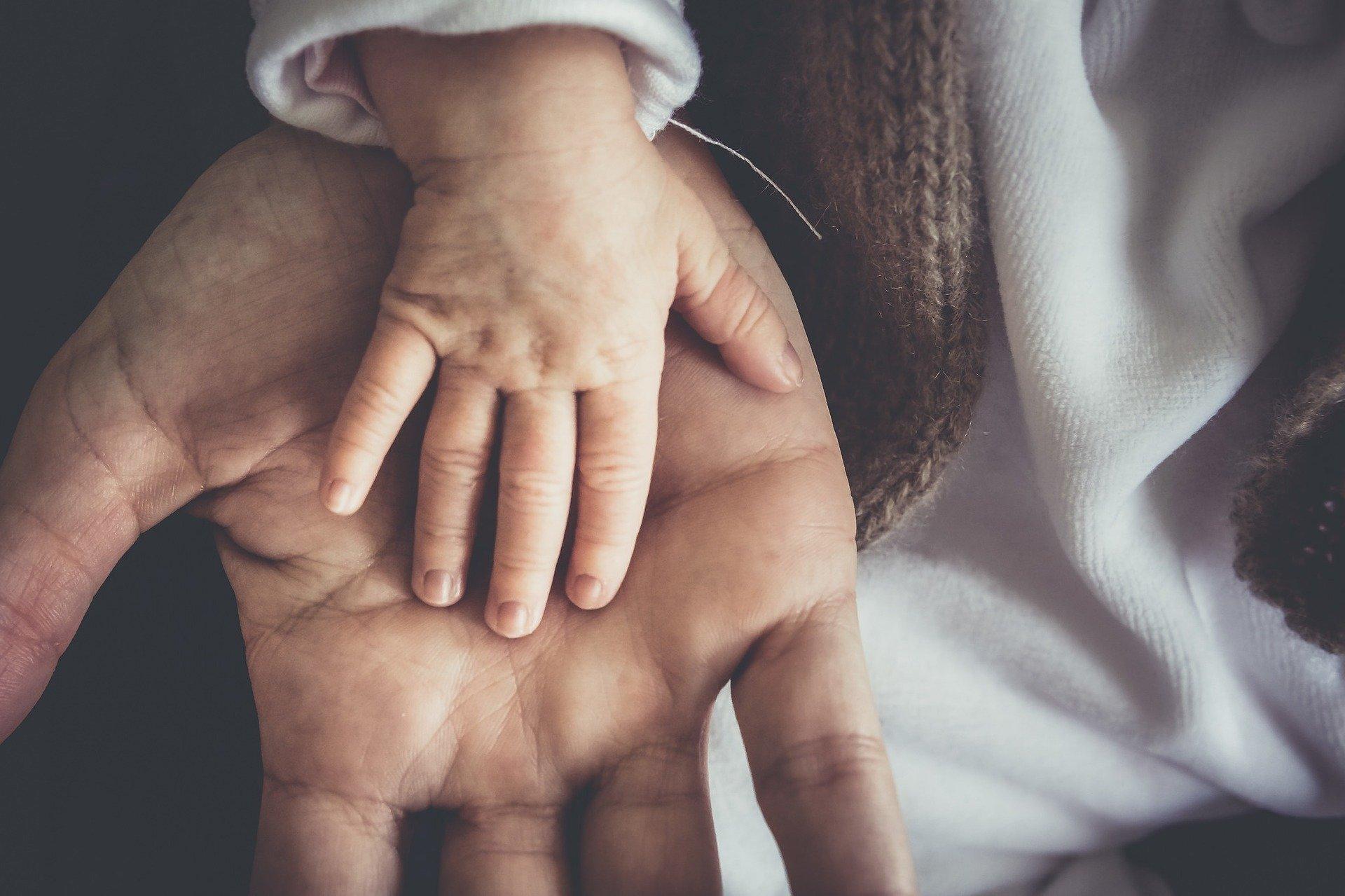 Homem perdeu filho de 3 anos e escreveu 10 regras que todos os pais devem seguir